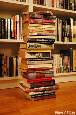 What's the best way to pack books for moving?