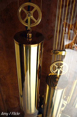 How to disassemble a grandfather clock for moving