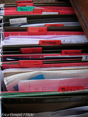 How to organize documents when moving house